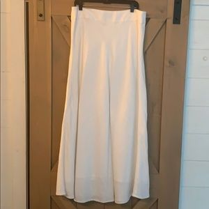 White linen Banana Republic skirt